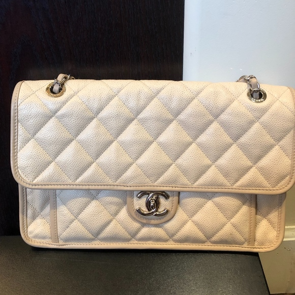 CHANEL Handbags - Chanel French Riviera bag in beige color